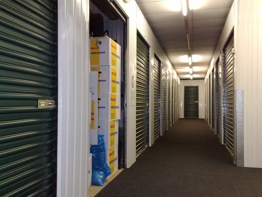 guarda móveis-vila-mariana-depósito-corredor