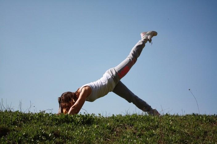 pilates – mulher – exercícios