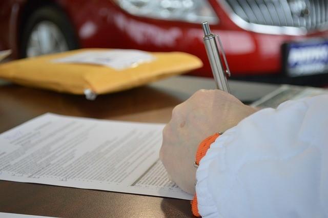 advogado-revisão-contrato-assinatura-legal