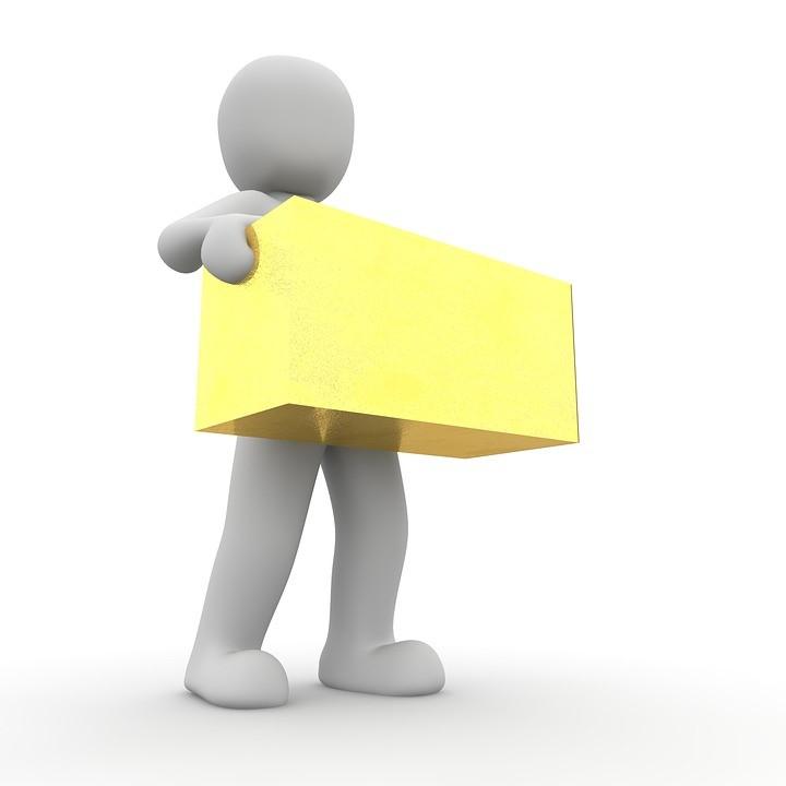 transporte-de-mudancas-em-moema-carregar-caixa