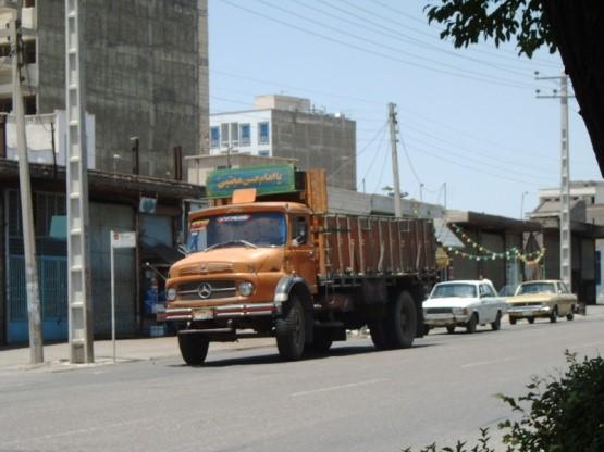 caminhão-mudança-Itaim-rua