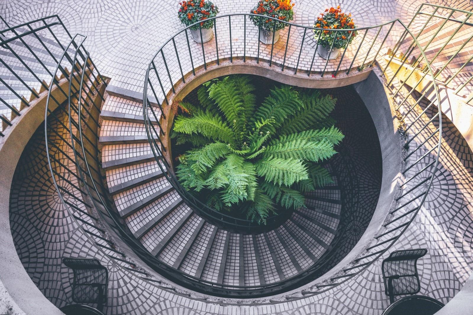 guarda-corpo-de-inox-escada-protecao