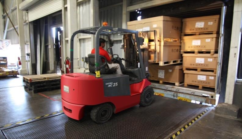 transporte-de-mudanças-carregamento-caminhão