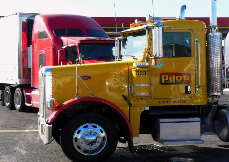 caminhão-de-mudanças-comerciais, veículo-frete