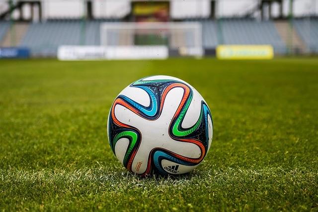 empresa-de-grama-sintética-sp-bola-futebol